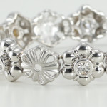 Buying Diamond Flower Jewelry Online